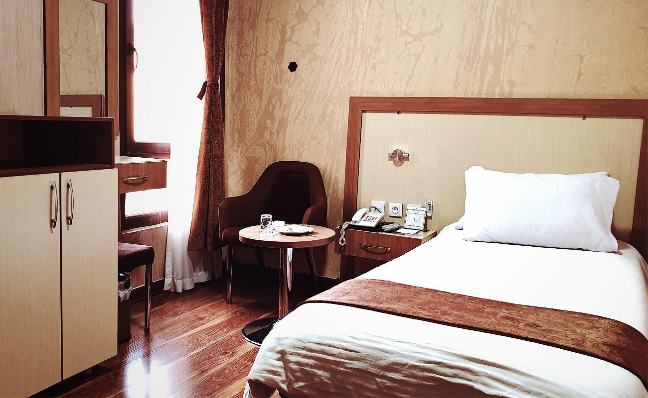 pamchal-hotel-single-room-1